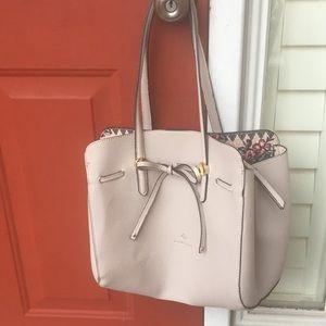 Handbags - NWOT new gray Nanette Lepore handbag